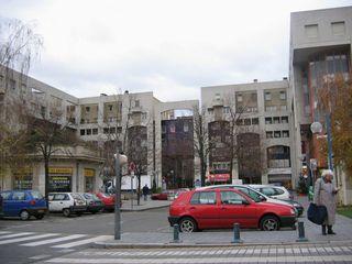 4_place_des_pavillons_mini.jpg
